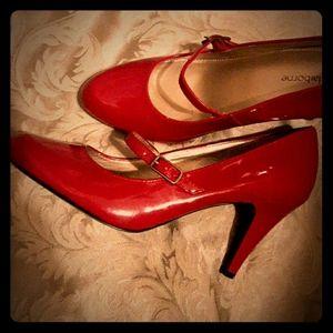 "Liz Claiborne sz 8.5 ""Caris"" Heels"